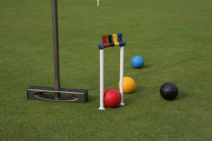modern croquet -equipment