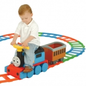 Thomas and Friends Battery Powered Train and 22 Piece Track Set