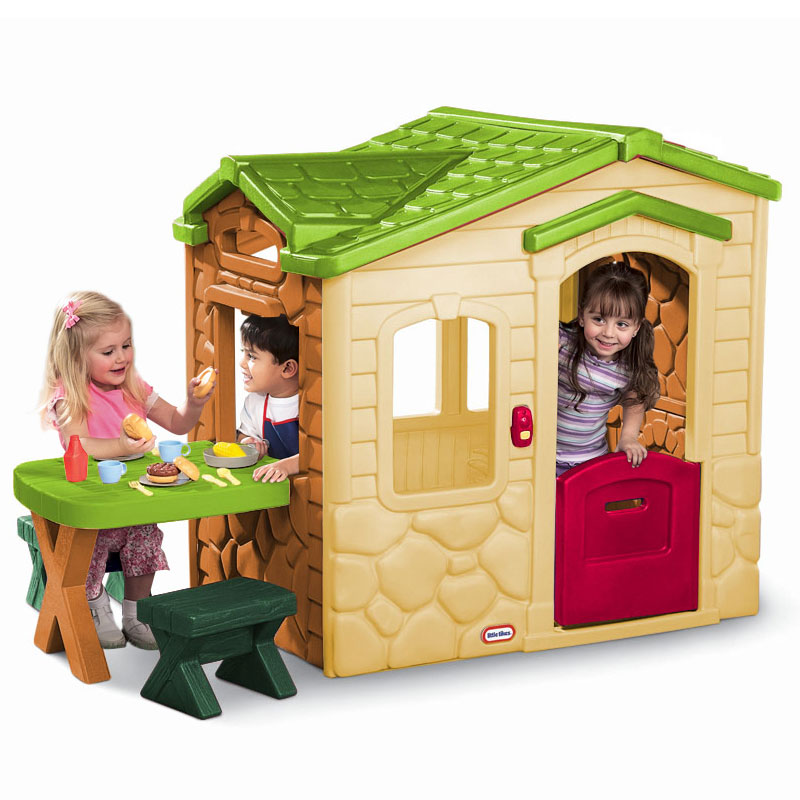 Little tikes playhouse with green roof hot girls wallpaper for Little tikes house